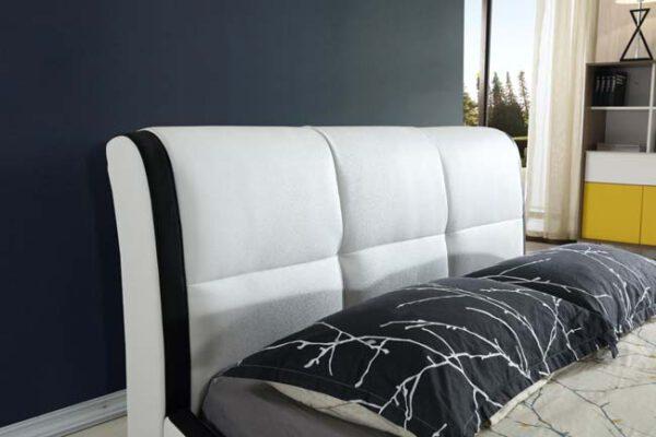 מיטה זוגית דגם בוסטון לבן
