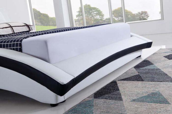מיטה זוגית דגם לורן לבן